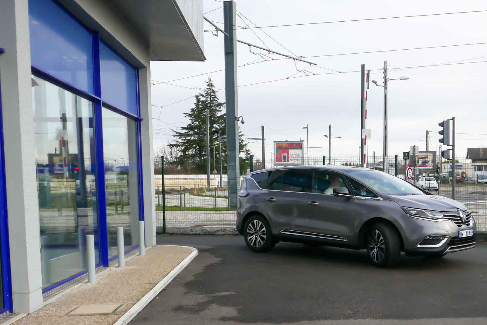"""Livraison et prise en mains du Renault """"ESPACE Initiale"""""""