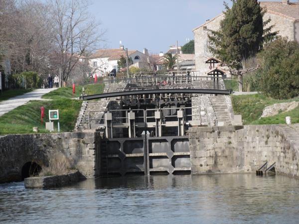 Trèbes -  Balade à vélo le long du Canal du Midi