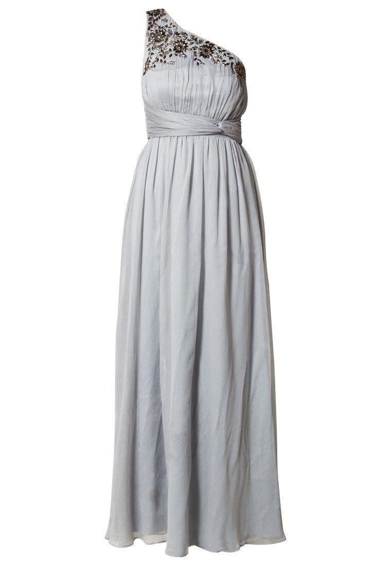 En une belle couleur gris clair, vaporeuse et féminine