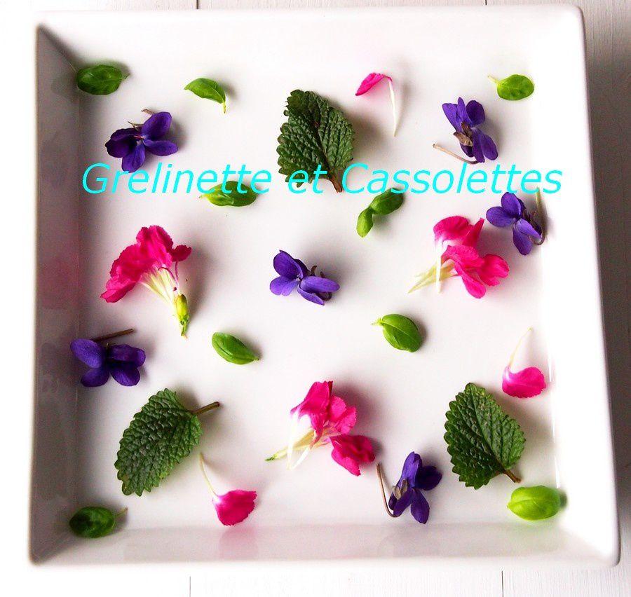 Violettes et Feuilles de Caseille Cristallisées