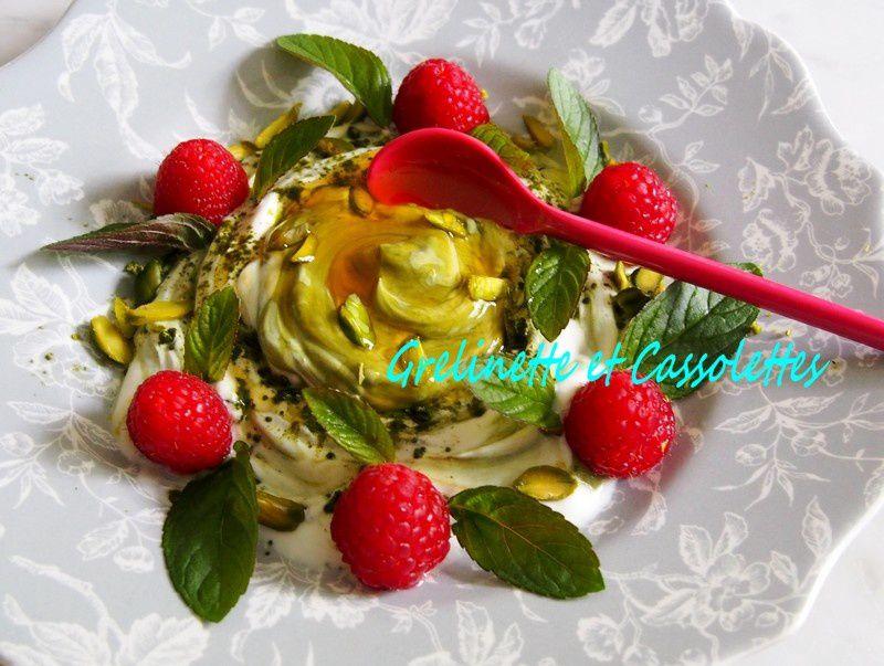 Dessert Matcha Framboise Pistache