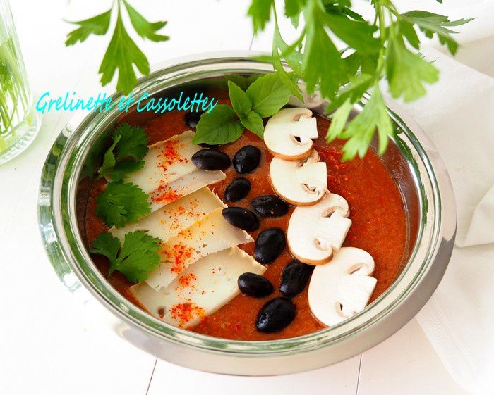 Gazpacho Bowl à la Tomme de Brebis
