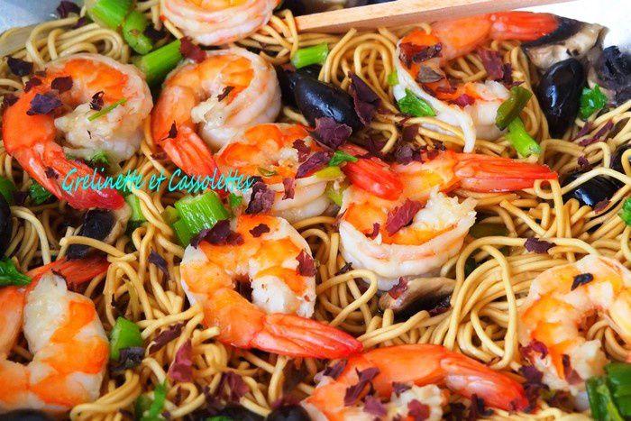 Wok de Nouilles chinoises au Crevettes et au Céleri