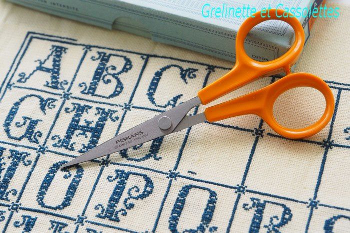 Point Compté avec les Needlework Scissors de Fiskars
