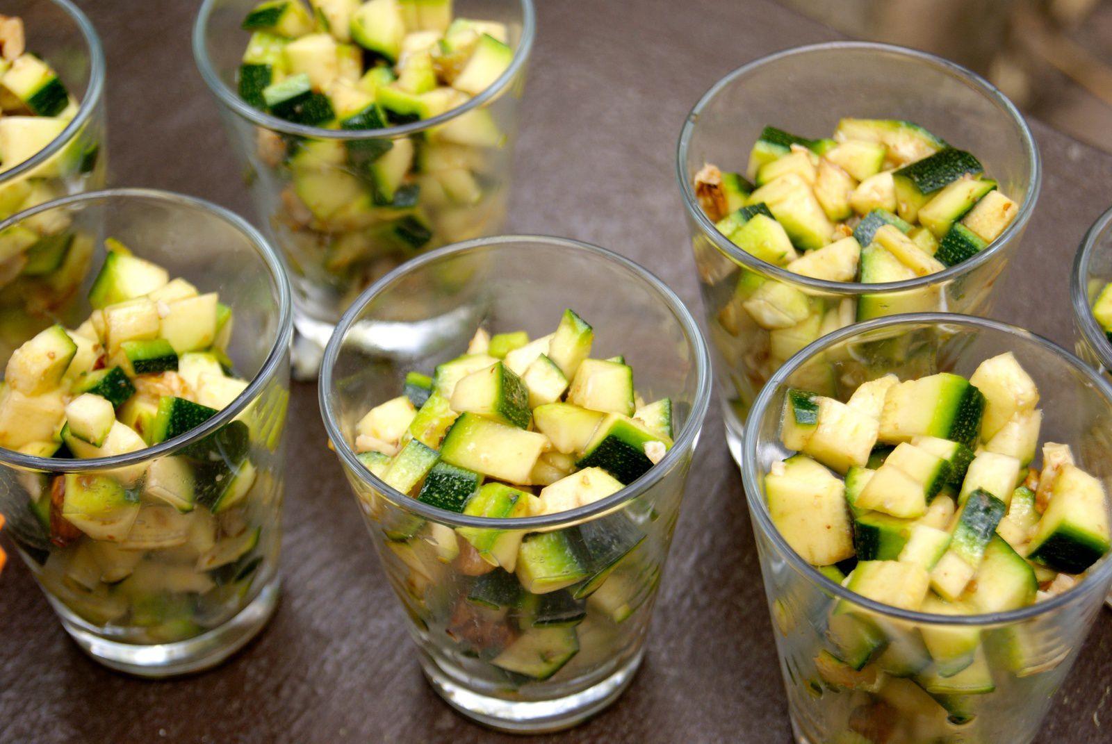 Tartare de courgettes aux noix
