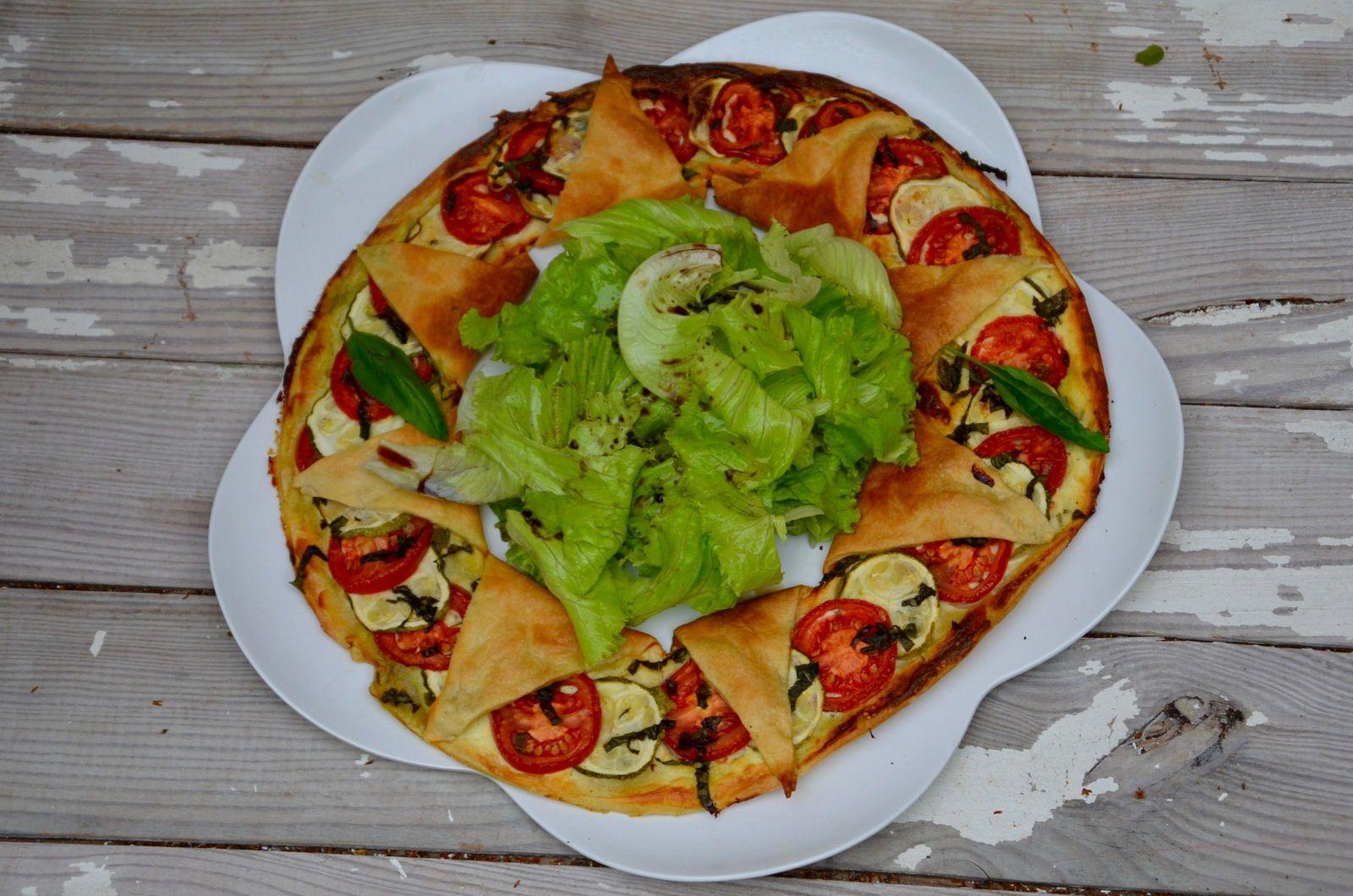 Tarte soleil fromage frais, tomate, courgette et basilic
