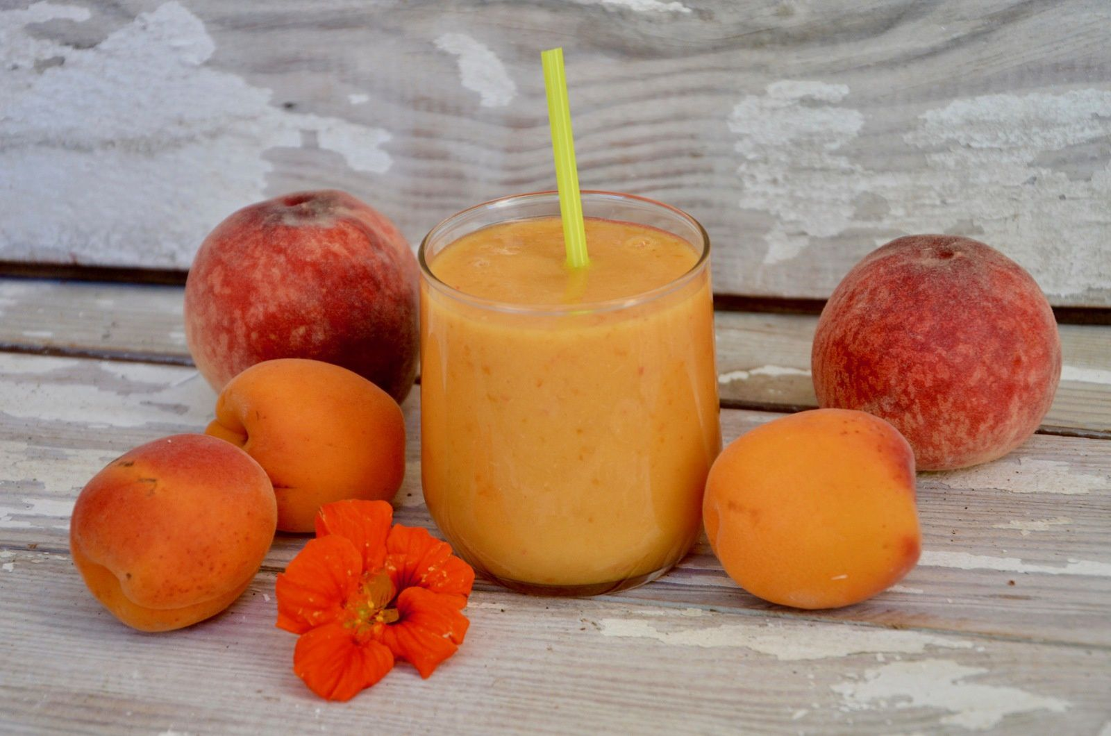 Smoothie pêche - abricot