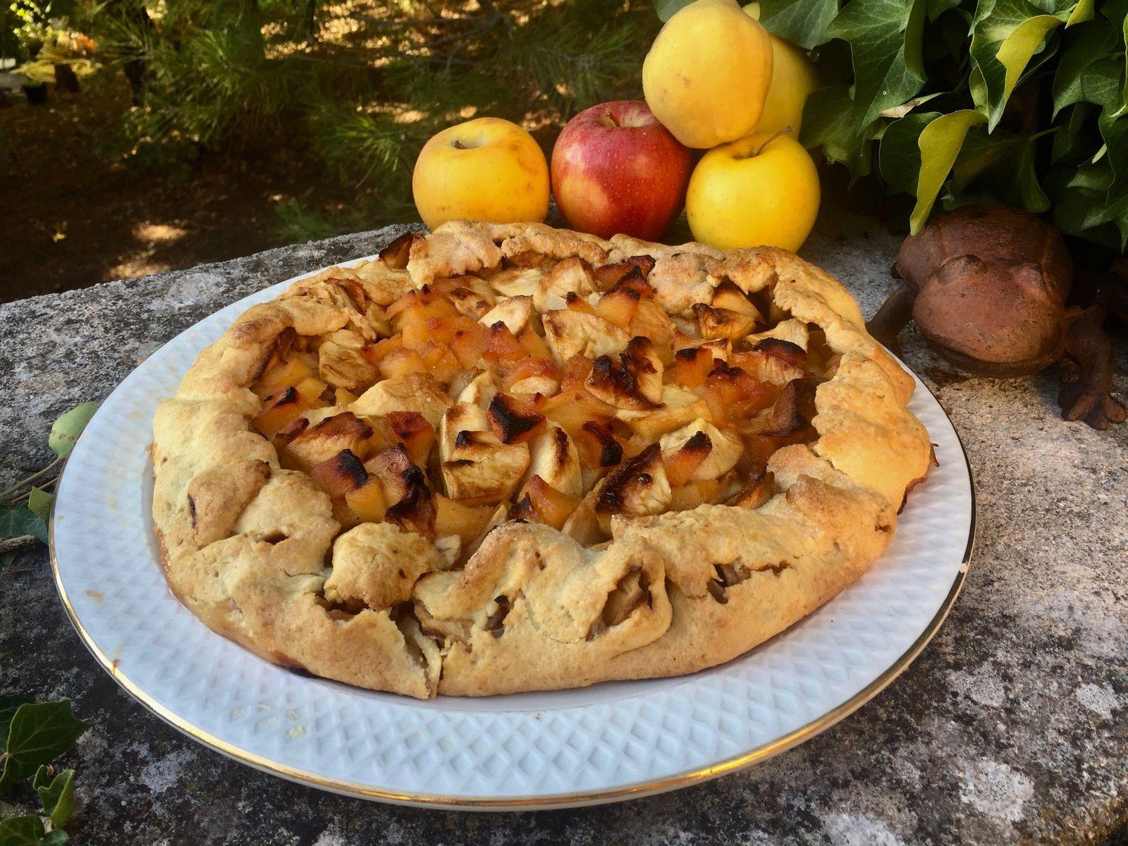 Tarte rustique pommes - coings