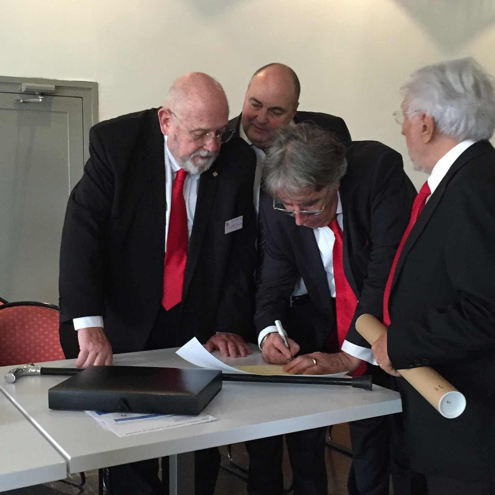 La signature de René Lota (GCF-GLNF).