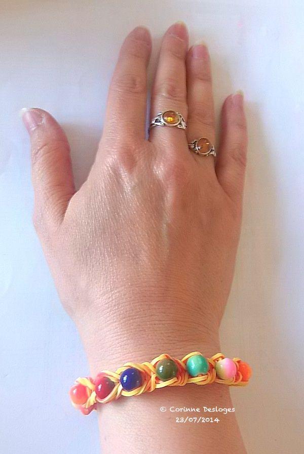 "bracelet ""rainbow loom perlé""."