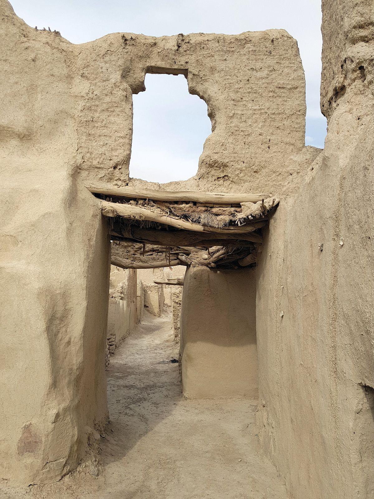 """Kharanaq,un décor de cinema pour un volet de """"dune"""""""