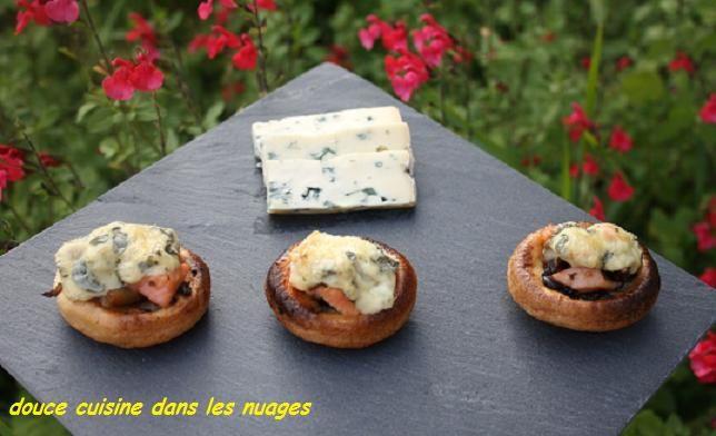 Mini Craquelins gratinés champignons-saumon et Fourme d'Ambert