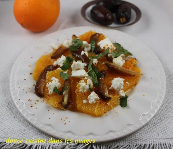 Salade d'orange, dattes Medjool et feta