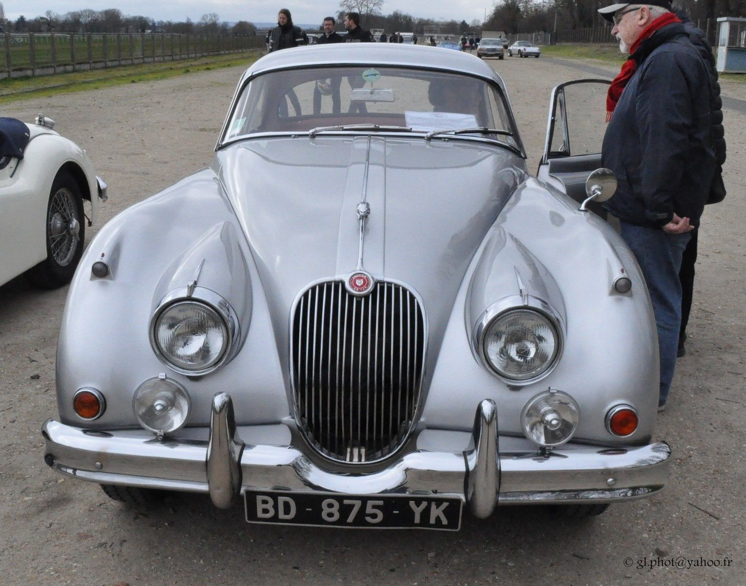 Exposition voitures anciennes Maisons Lafitte : Jaguar XK 150