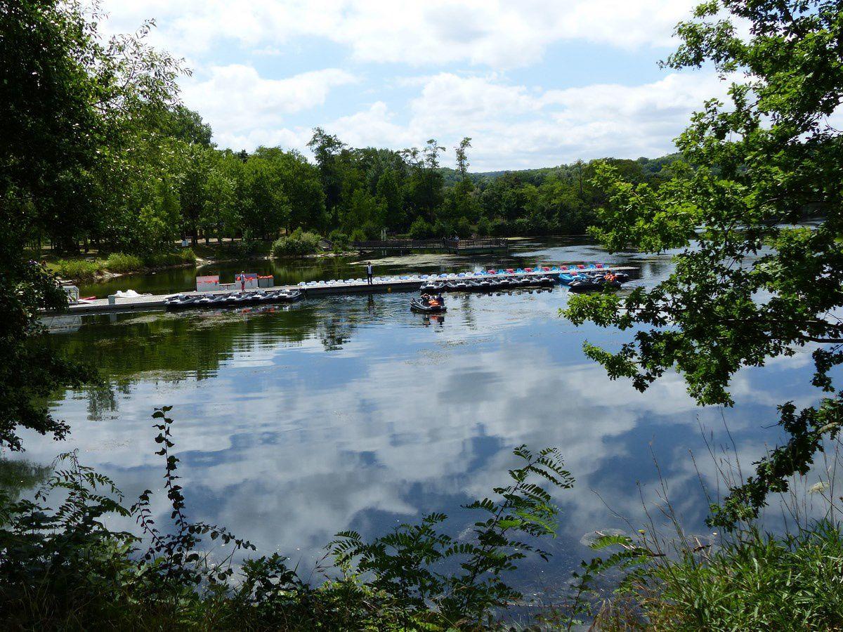 Reflets de ciel sur les étangs de Cergy