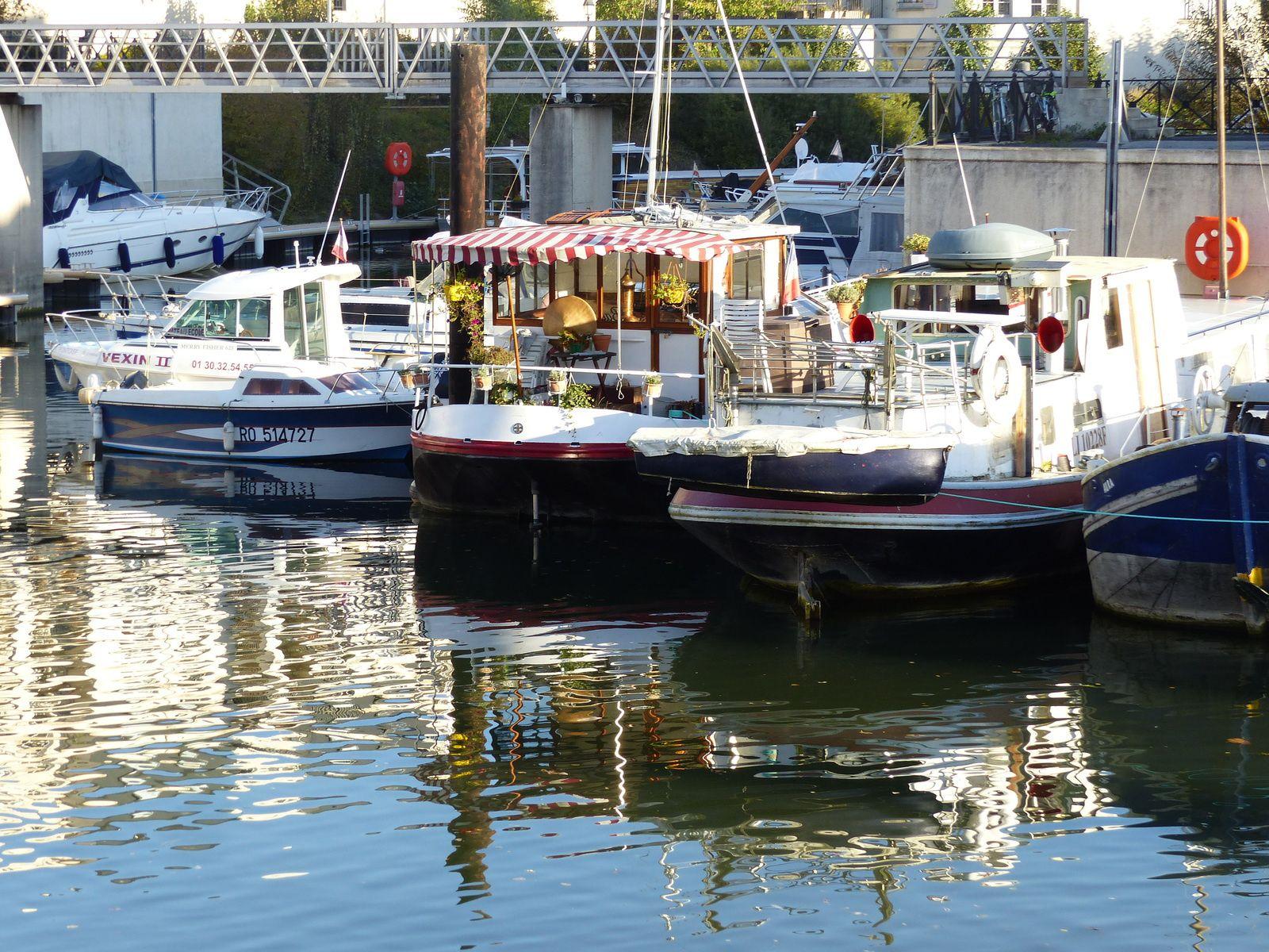 Port Cergy : reflets d'automne