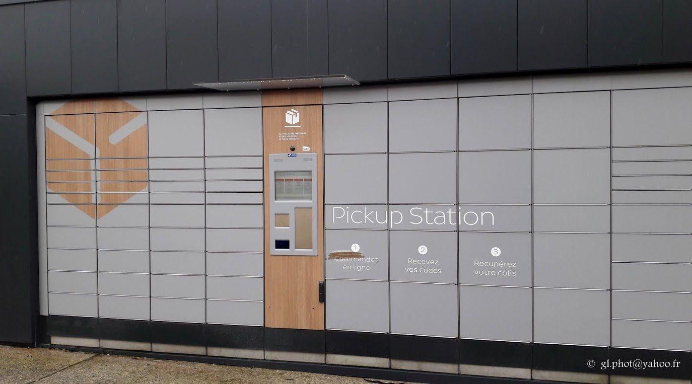 Point relais automatique pour ecommerce de la gare RER de Cergy Saint-Christophe