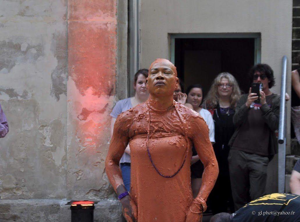 """La femme est une divinité """" -  de Youchaou Kiffouly à Eragny sur Oise"""