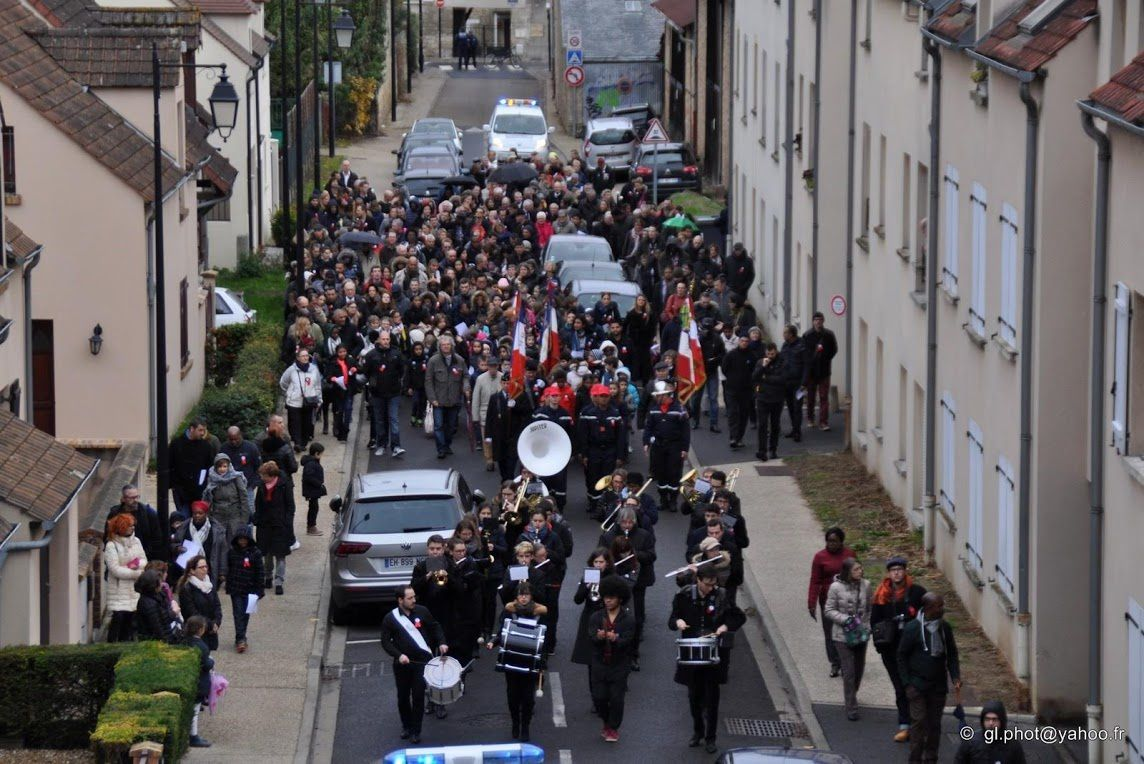 Photos cérémonie centenaire du 11 Novembre à Cergy