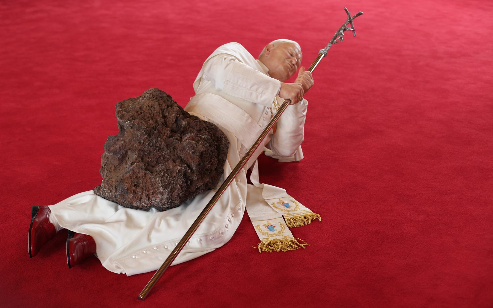 """La Nona Ora"", 1999 de Maurizio CATTELAN - Courtesy Archives Cattelan © Photo Éric Simon"