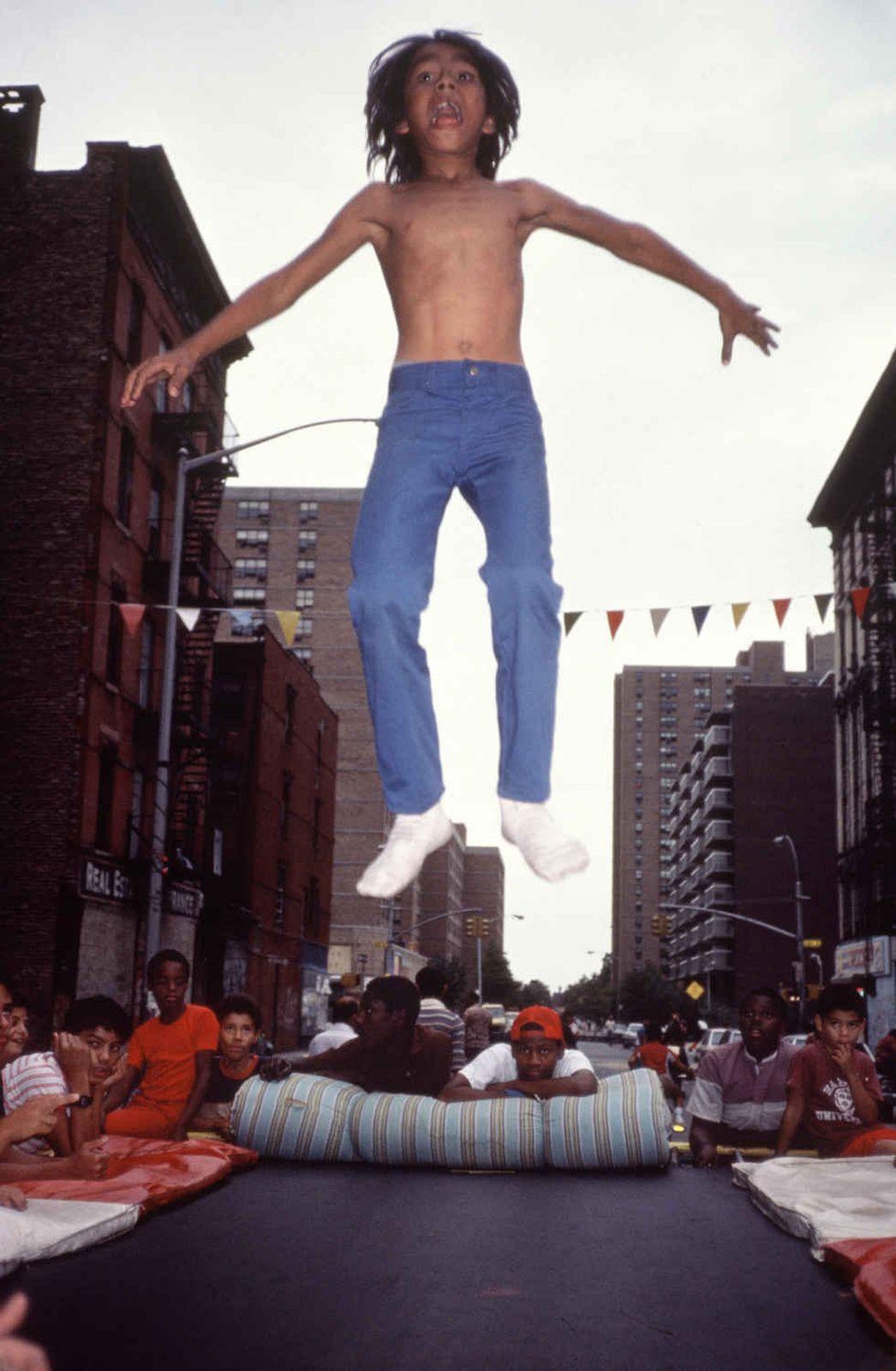 """""""Trampoline"""", 1984  d'Arlène GOTTFRIED - Courtesy Les Douches la Galerie"""