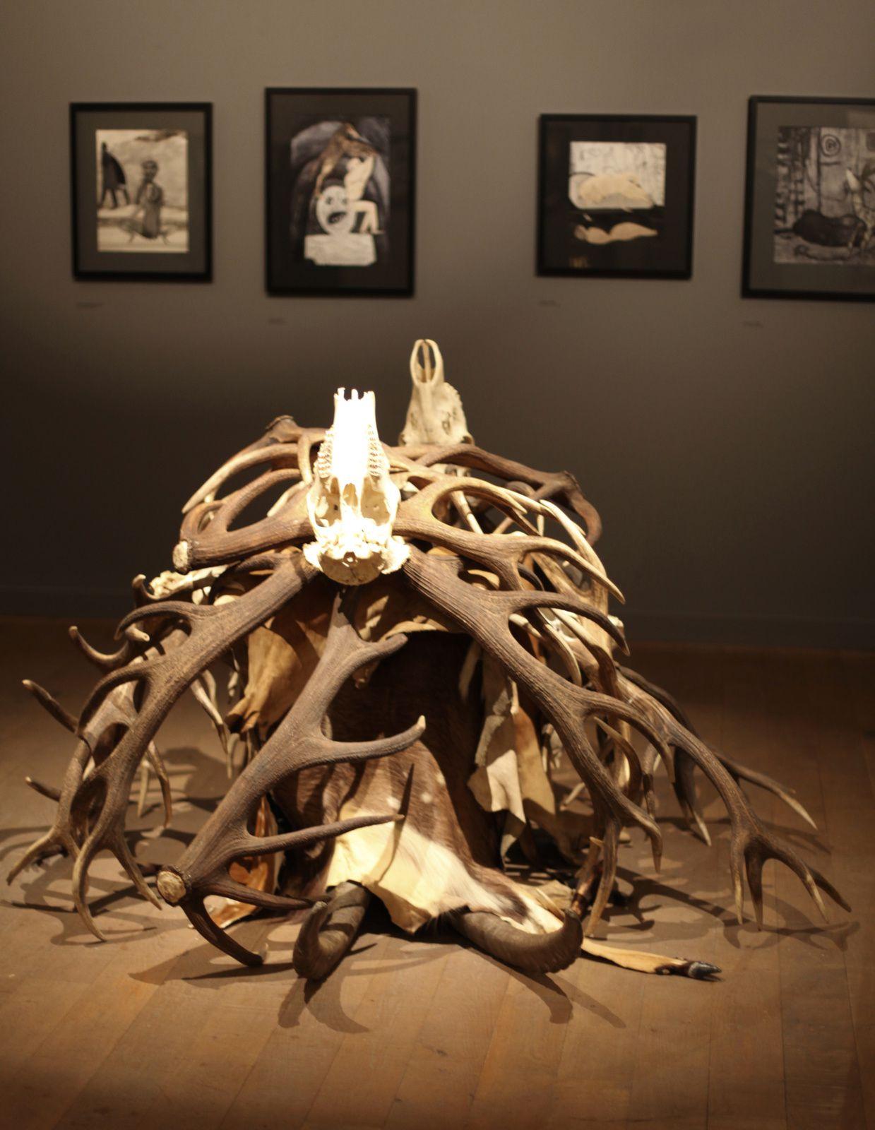 Installation de Hans LEMMEN - Courtesy Collection Privée © Photo Éric Simon