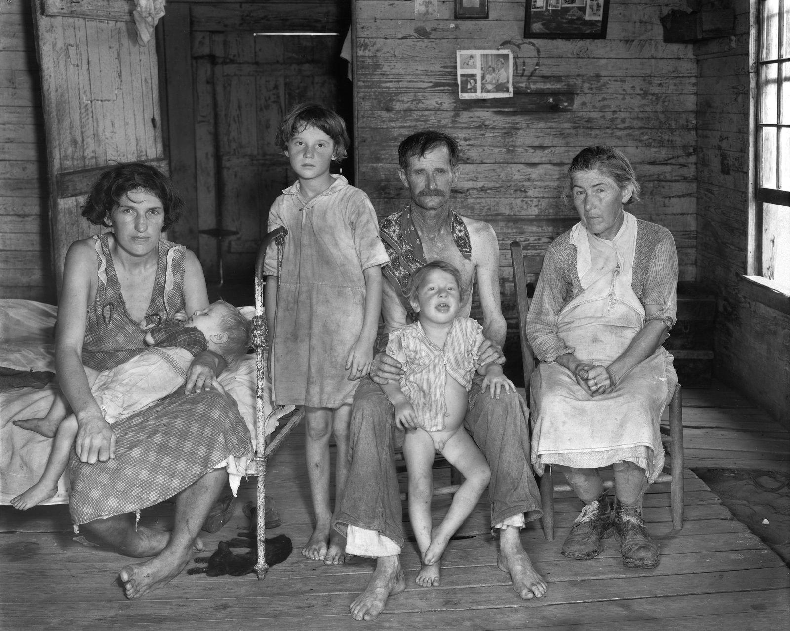 """""""Field Family"""", 1936 de Walker EVANS"""