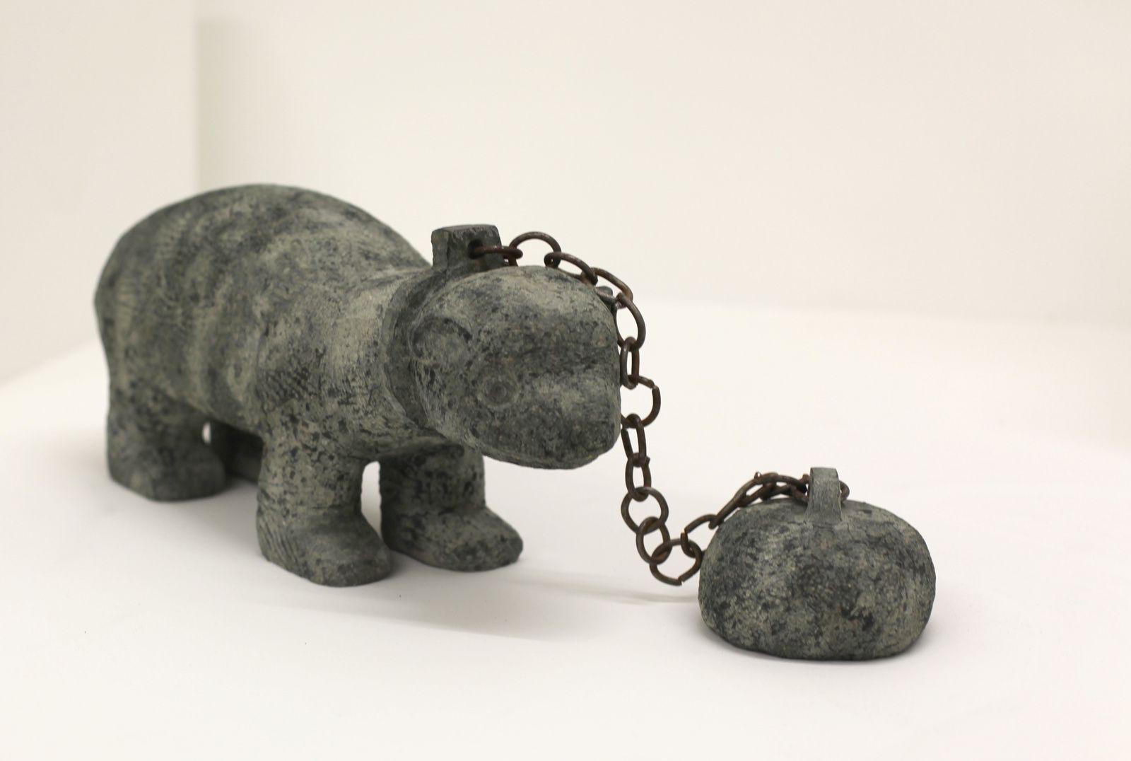 """""""Chained Fret"""", 2009 de Stefan RINCK - Courtesy Galerie SEMIOSE © Photo Éric Simon"""