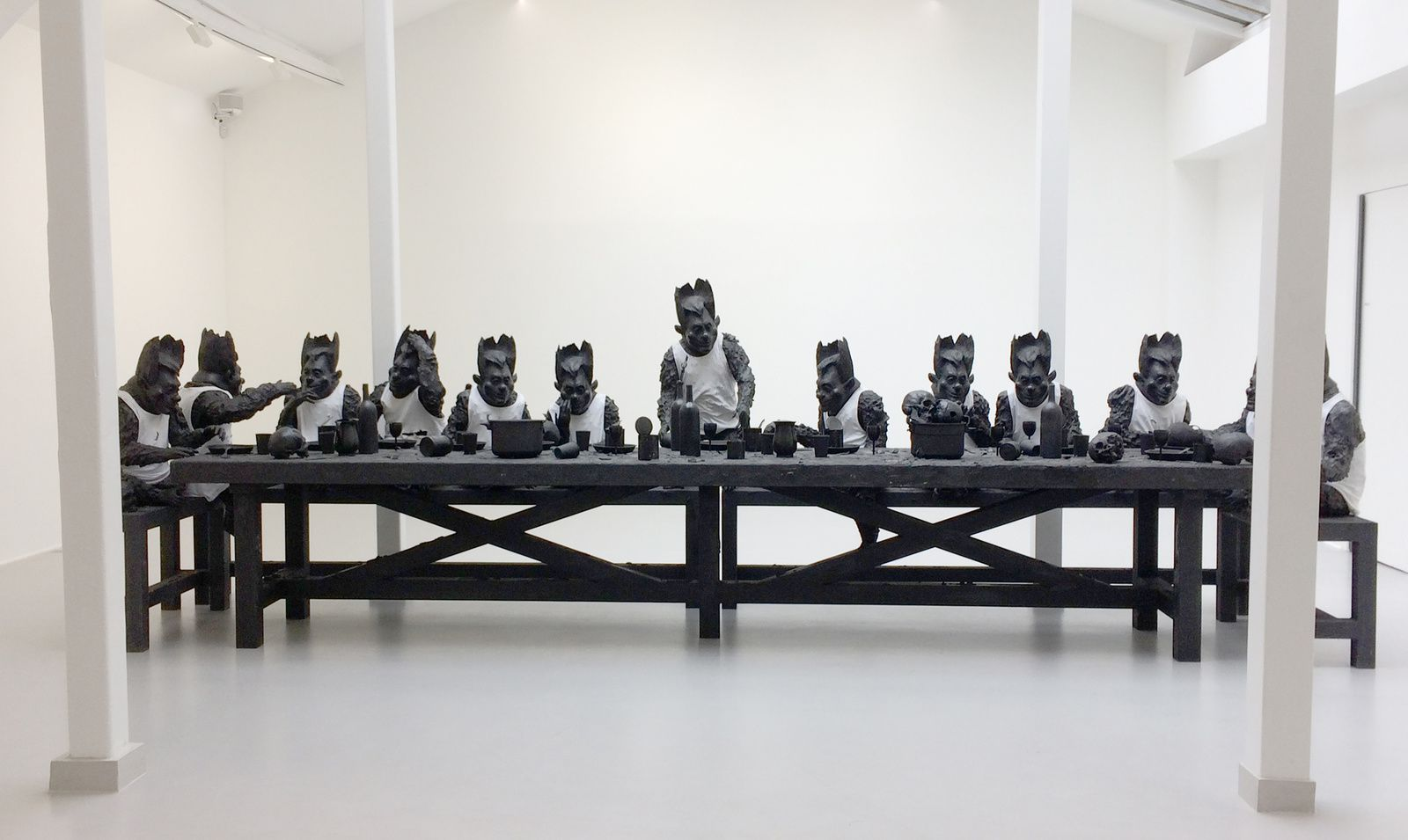 """""""La Cène"""", 2017 de Philippe PASQUA - Courtesy Galerie RX © Photo Éric Simon"""