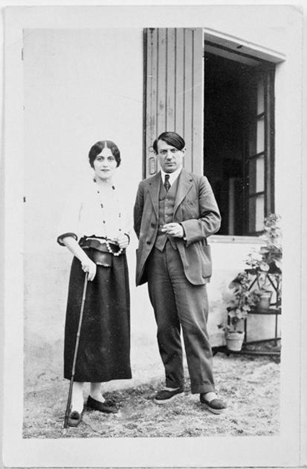 """""""Pablo and Olga Picasso à Biarritz"""", 1918 de Pablo PICASSO - Courtesy Musée Picasso Paris. Dation Pablo Picasso - Droit d'auteur @ succession Picasso 2017"""