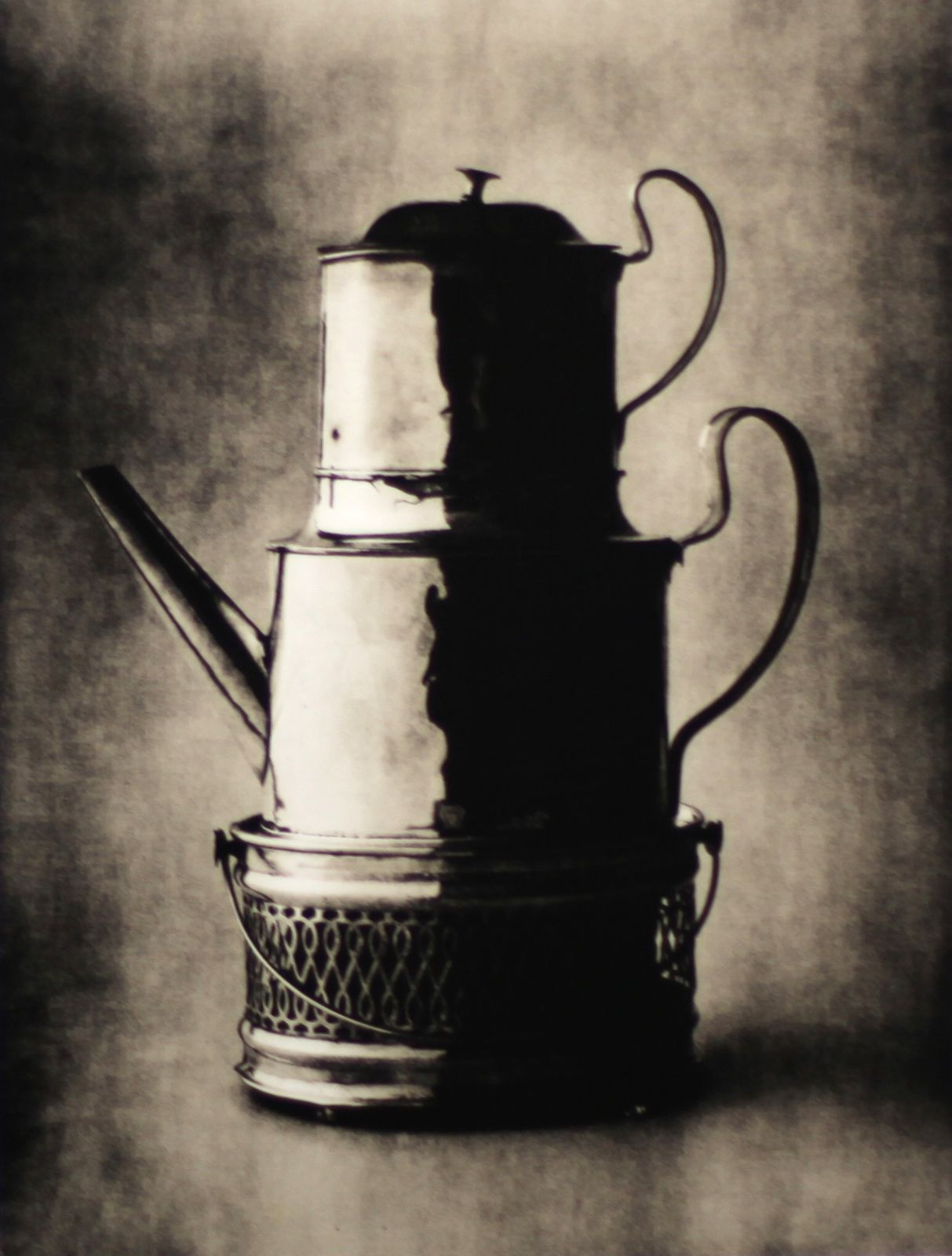 """Three-Tiered Vessel, New York"", 2007""Nude N°139, New York"", 1949-1950 d'Irving PENN"