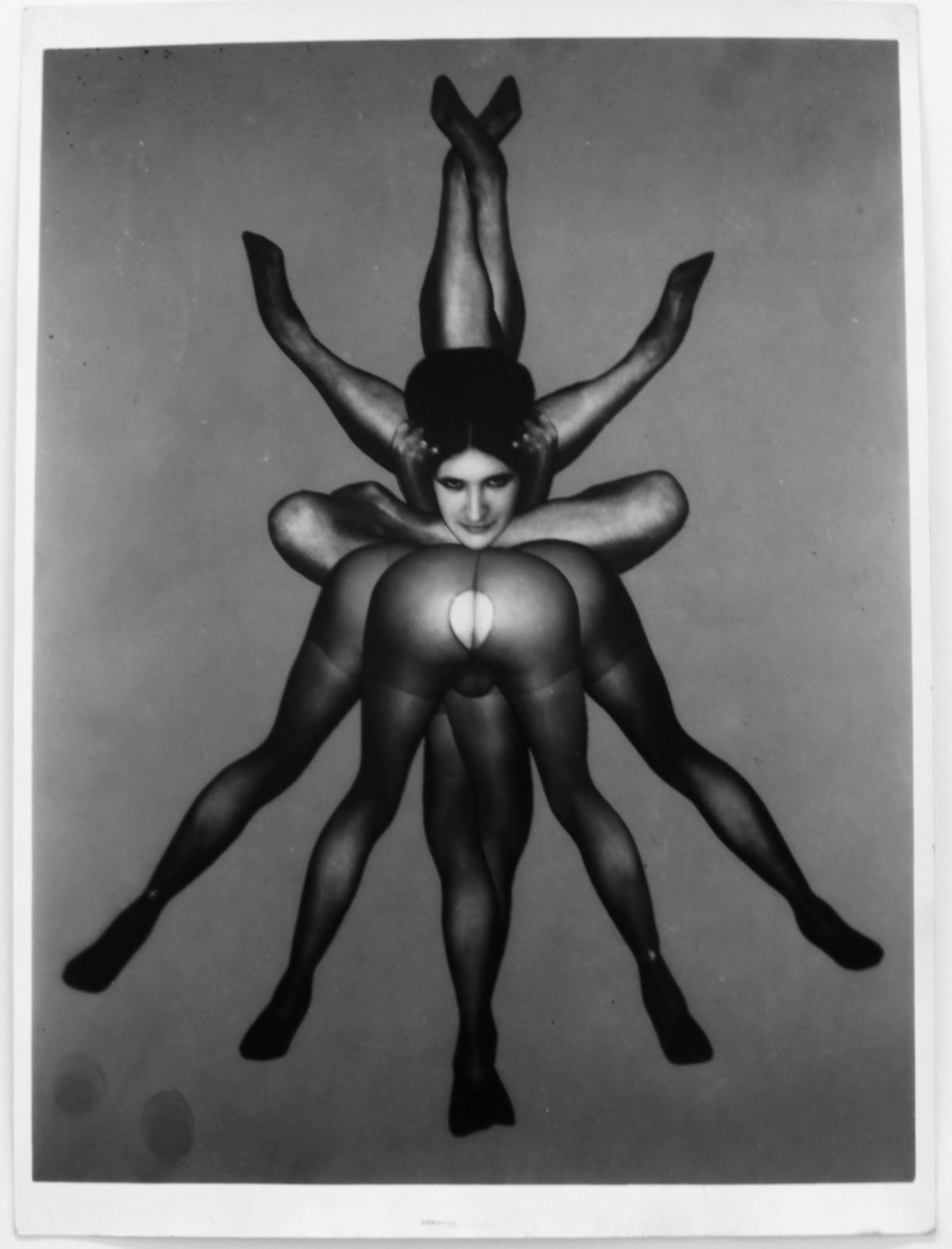 """Méditation Vampirique"", 1967 de Pierre MOLINIER - Courtesy Galerie Loevenbruck  © Photo Éric Simon"