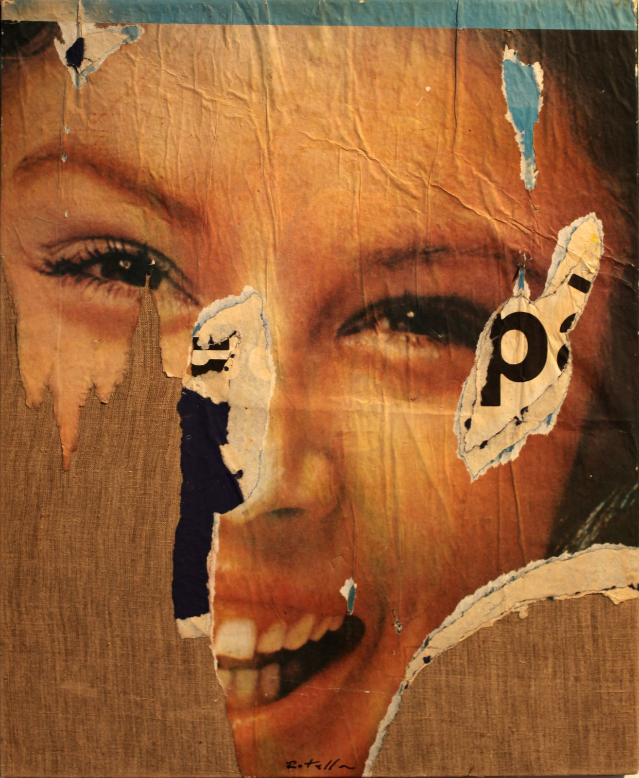 """Sorriso P"", 1963 de Mimmo ROTELLA - Courtesy TORNABUONI ART Paris © Photo Éric Simon"