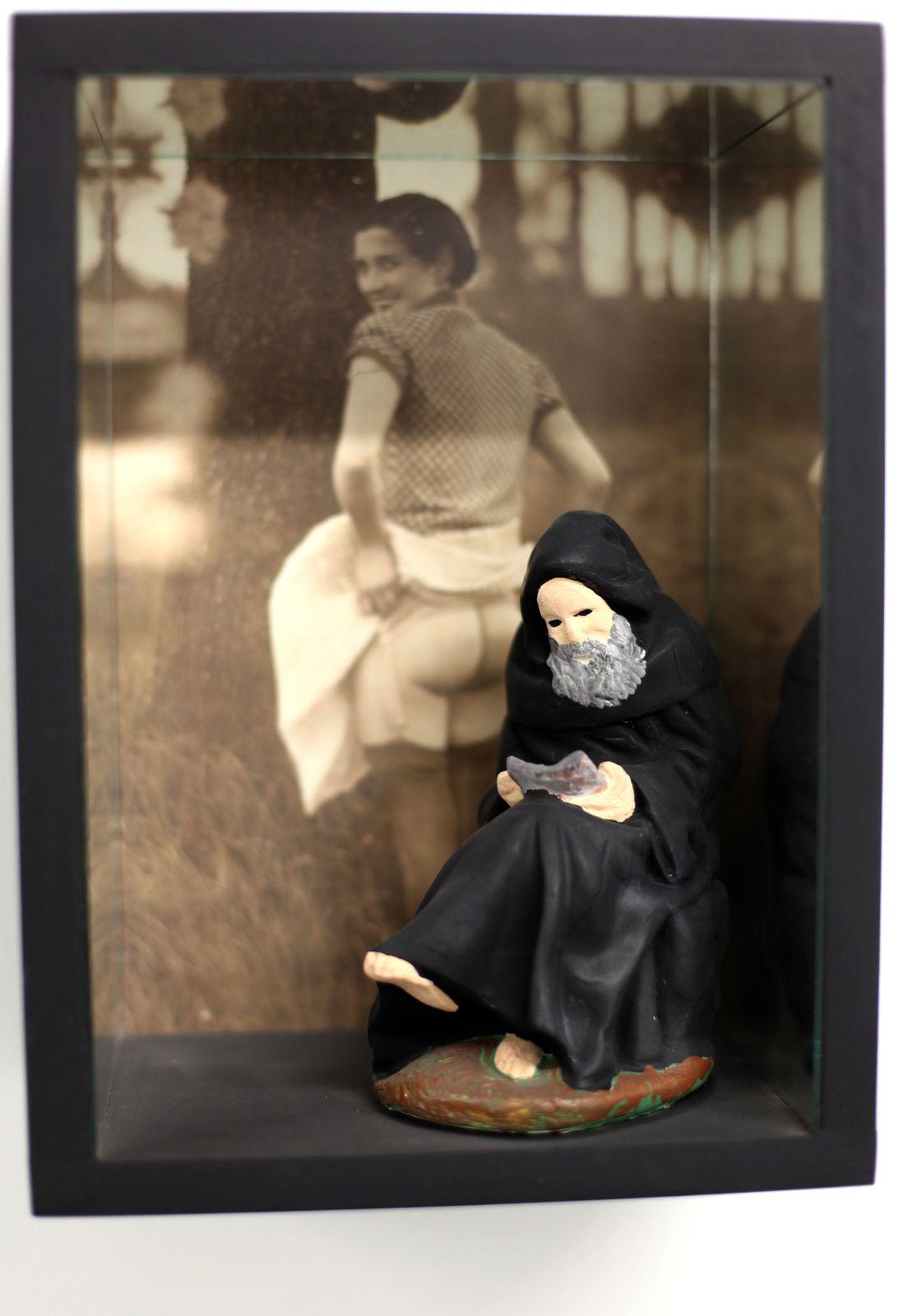 """Monje"", 2006 de León FERRARI -  Courtesy Galerie Mitterrand © Photo Éric Simon"