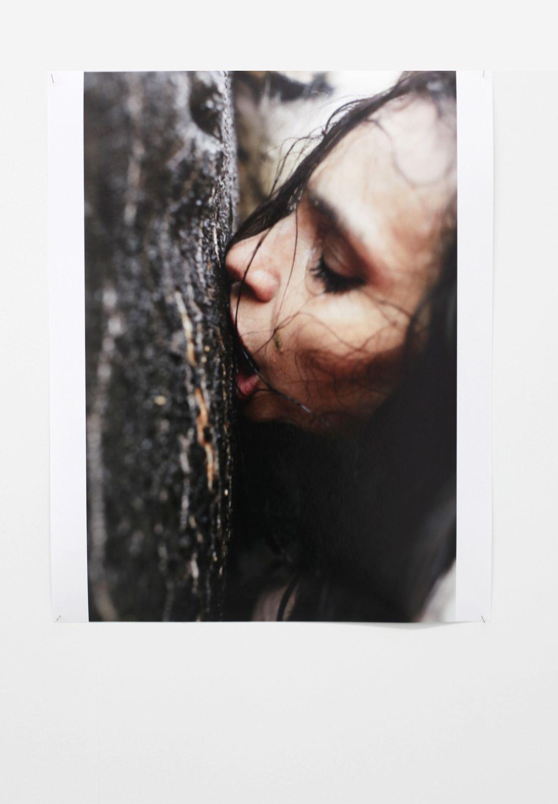 """Béatrice Dalle"", 2017 de Juergen TELLER - Courtesy SUZANNE TARASIEVE © Photo Éric Simon"