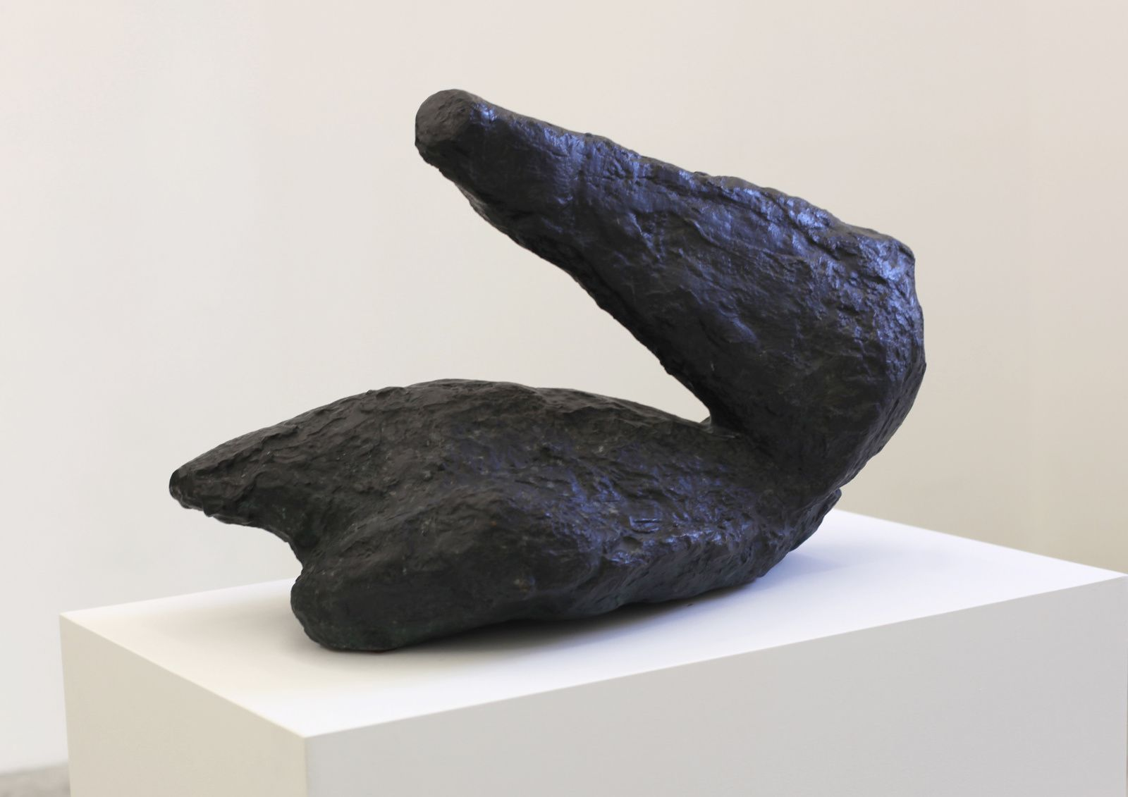 """Liegender Arm - Kopf (Lying Arm - Head)"", 1986 de Per KIRKEBY - Courtesy ALMINE RECH Gallery © Photo Éric Simon"