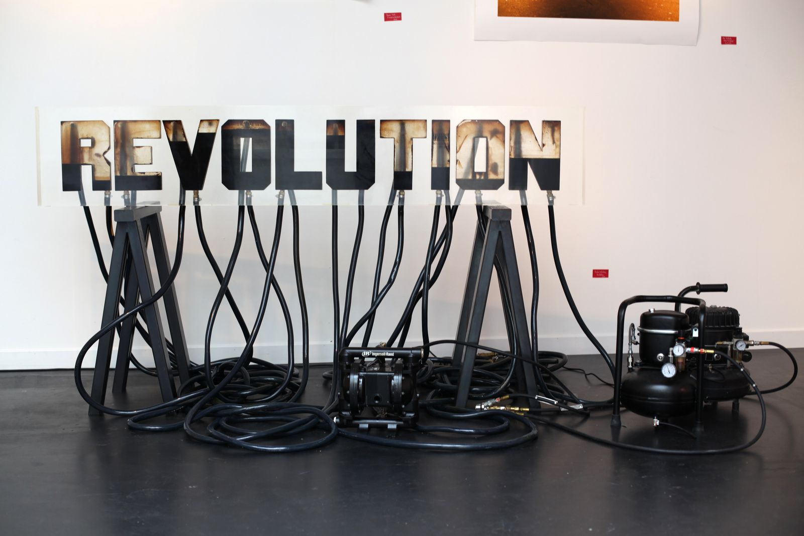"""Révolution"", 2011 d'Andreï MOLODKIN - Courtesy de l'artiste © Photo Éric Simon"