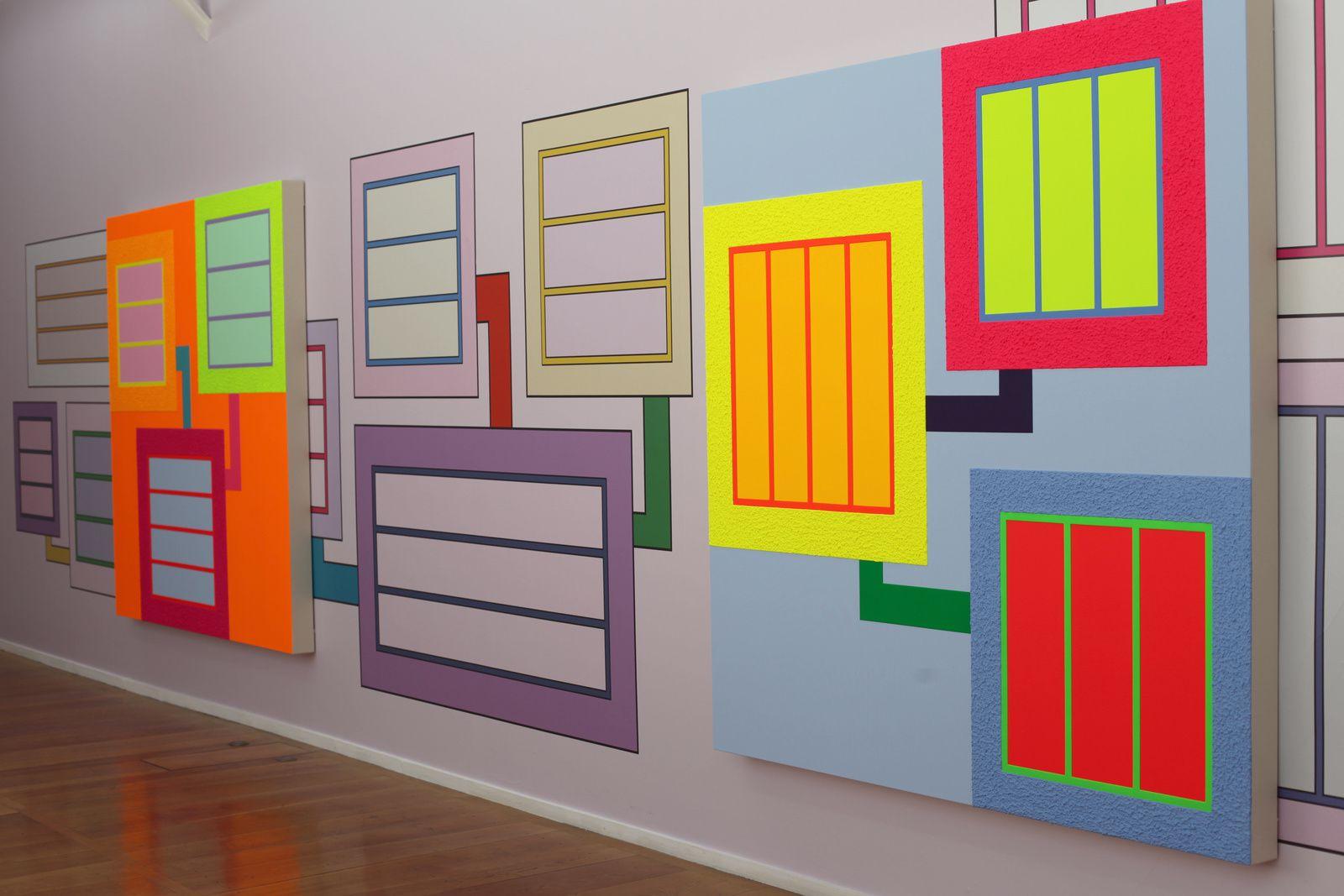 Vue de l'exposition de Peter HALLEY - Courtesy Xippas Galery © Photo Éric Simon