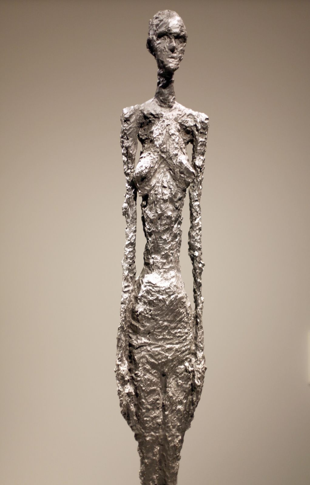 """Grande femme II"", 1960 de Alberto GIACOMETTI - Courtesy FONDATION LOUIS VUITTON © Photo Éric Simon"