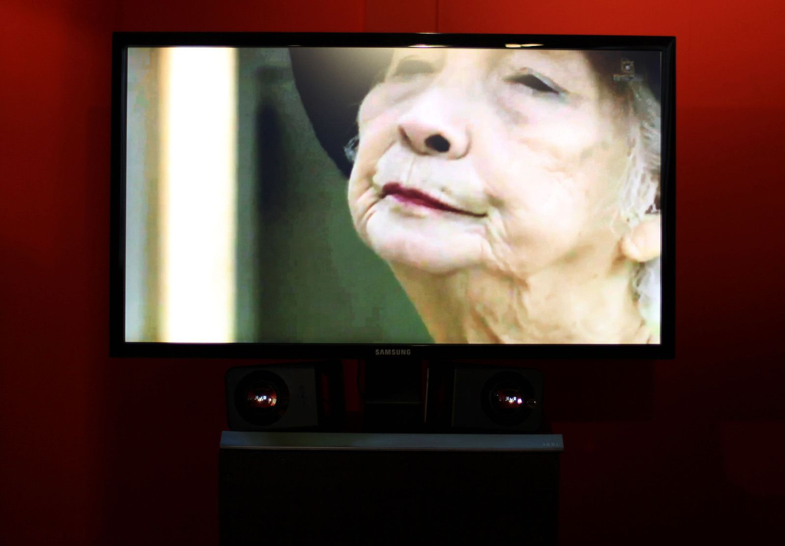 """Image tirée du documentaire """"Grand mère de Daïchi MORI"""" Courtesy de l'artiste et Galerie Da-End © Photo Éric Simon"""