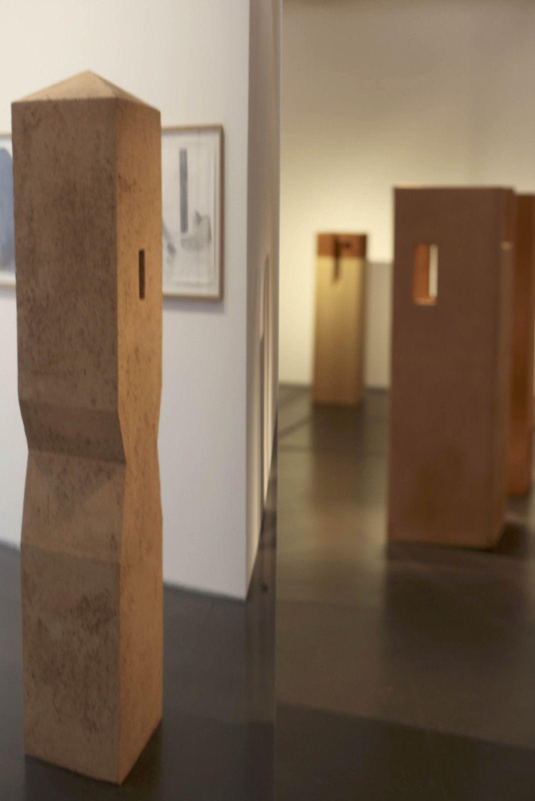 """""""Shovach"""", 2014 de Dani KARAVAN - Courtesy Galerie Jeanne BucherJaeger © Photo Éric Simon"""