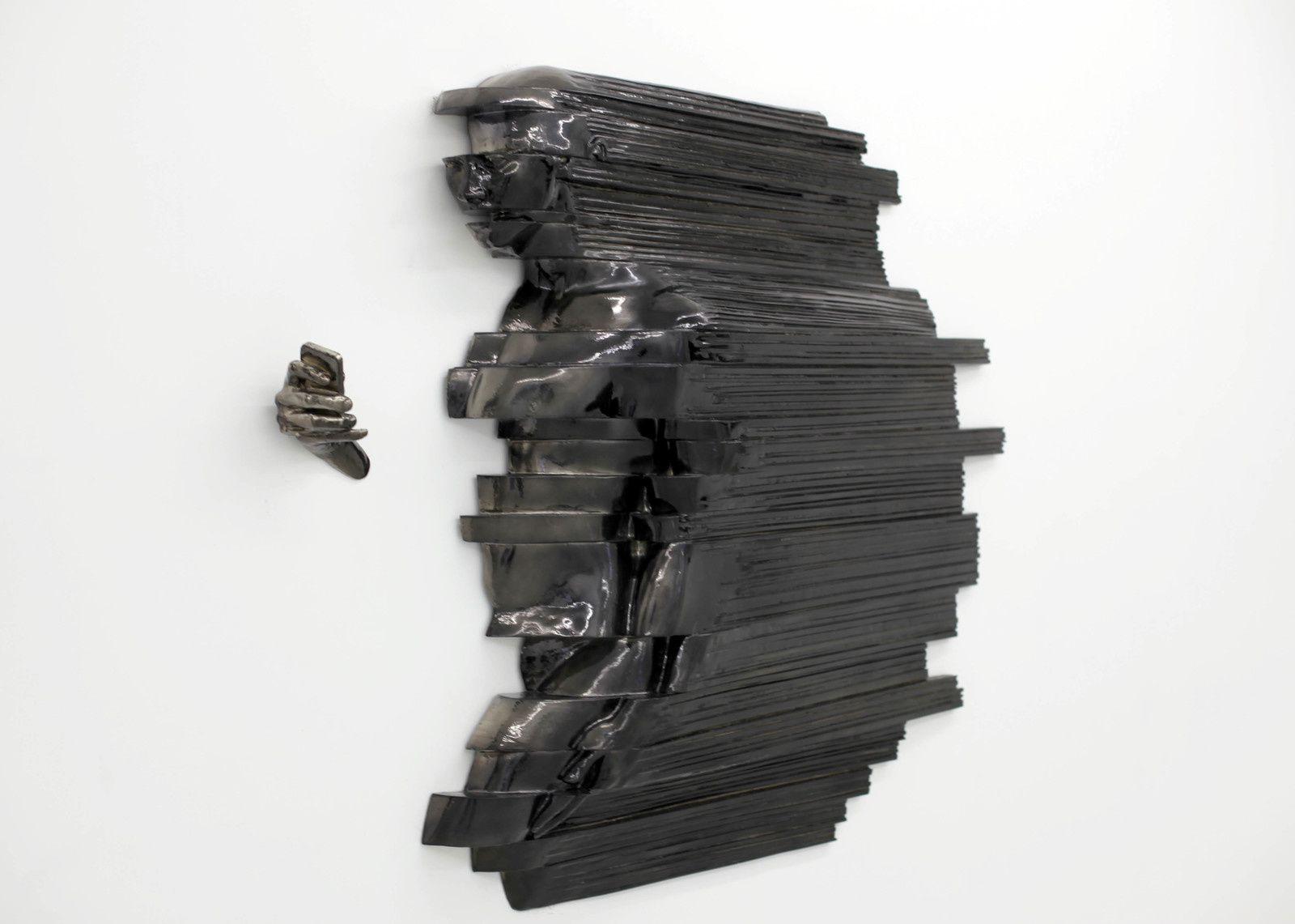 """""""Profile 2"""", 2019 de RECYCLE GROUP - Courtesy Galerie Suzanne Tarasiève Paris © Photo Éric Simon"""