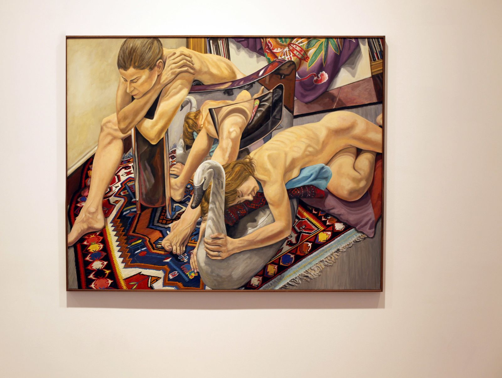 """""""Two Models, Polished Steel Chair and Swan Decoy"""", 2016  de Philip PEARLSTEIN - Courtesy Galerie Templon © Photo Éric Simon"""