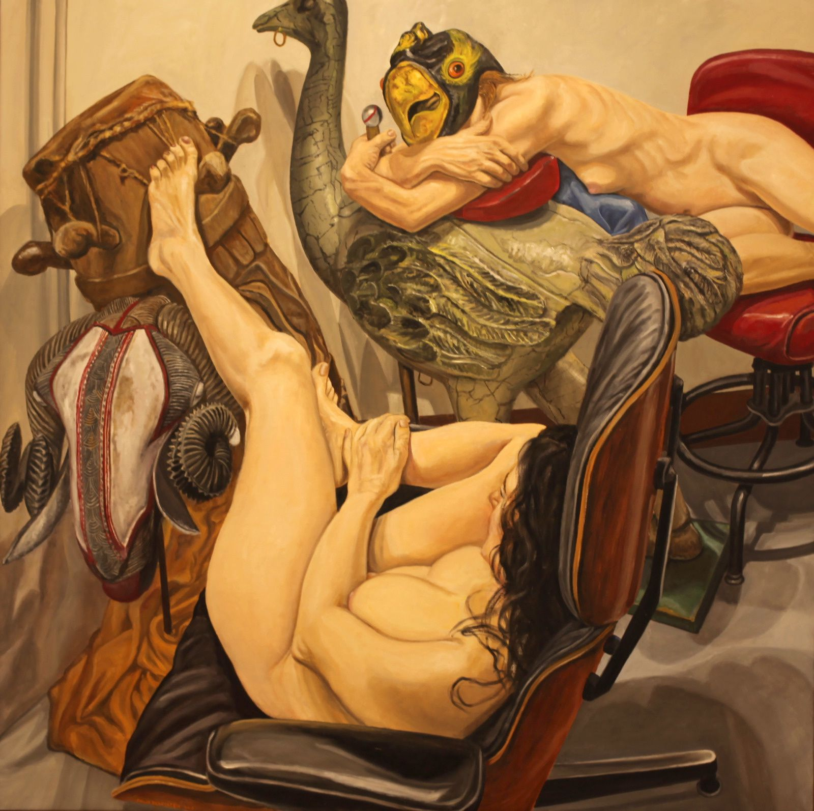 """""""Two Models with Eames Lounge Chair, African Mask, Drum and Carousel Ostrich"""", 2018  de Philip PEARLSTEIN - Courtesy Galerie Templon © Photo Éric Simon"""