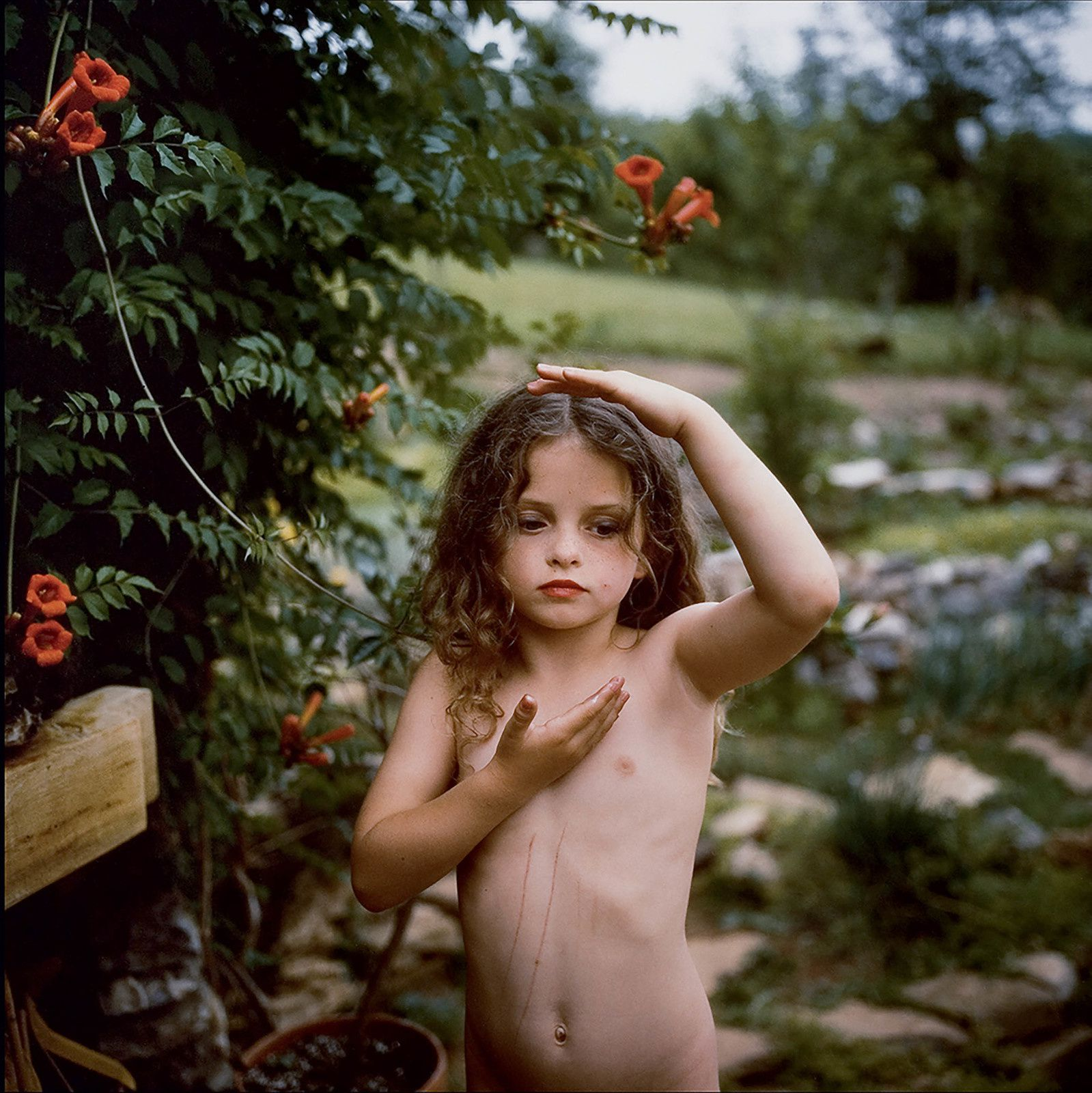 """Trumpet Flowers"", 1991 de Sally MANN. Private Collection. © Sally Mann"