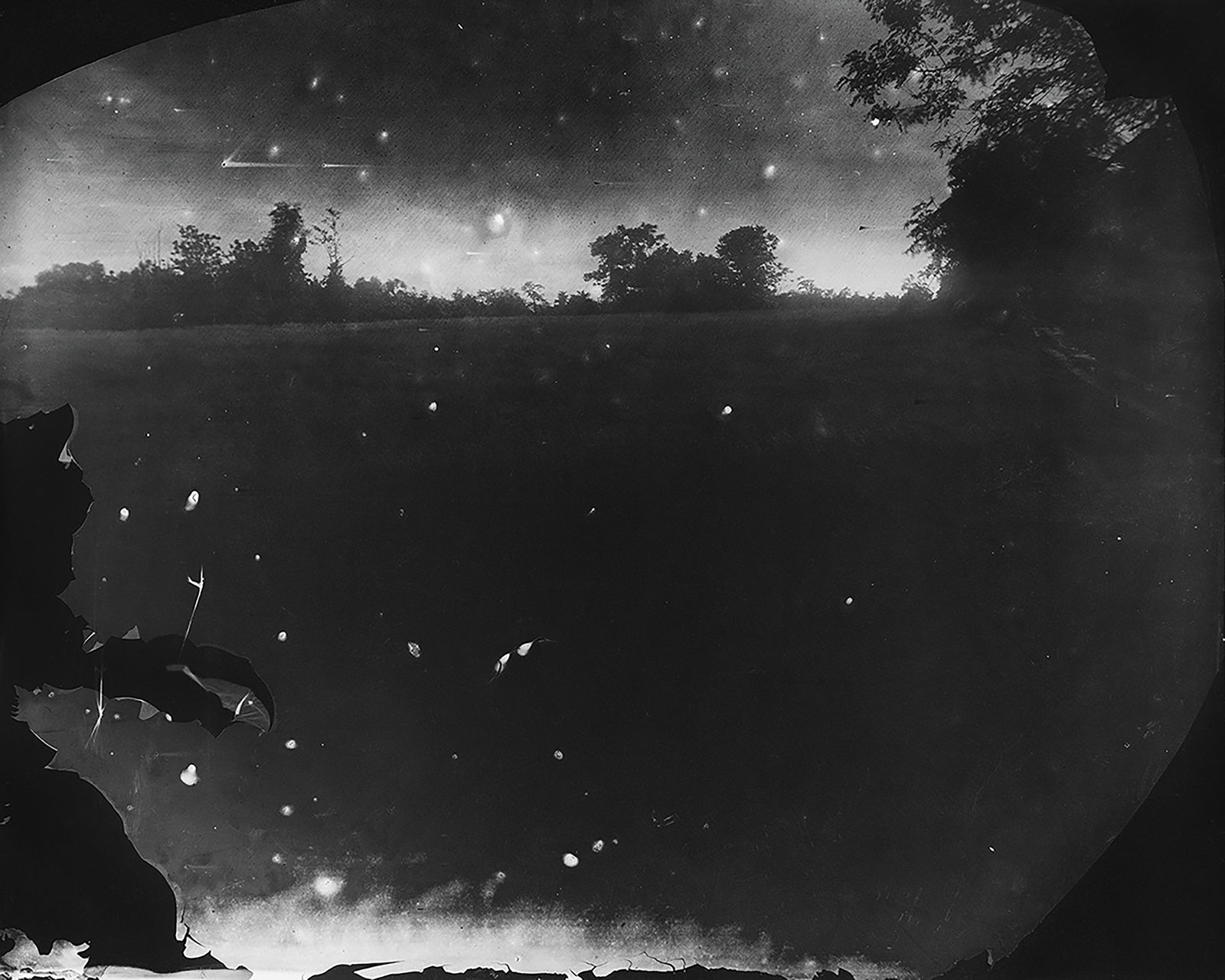"""Battlefields, Antietam (Starry Night)"", 2001de Sally MANN - Alan Kirshner and Deborah Mihaloff Art Collection. © Sally Man"