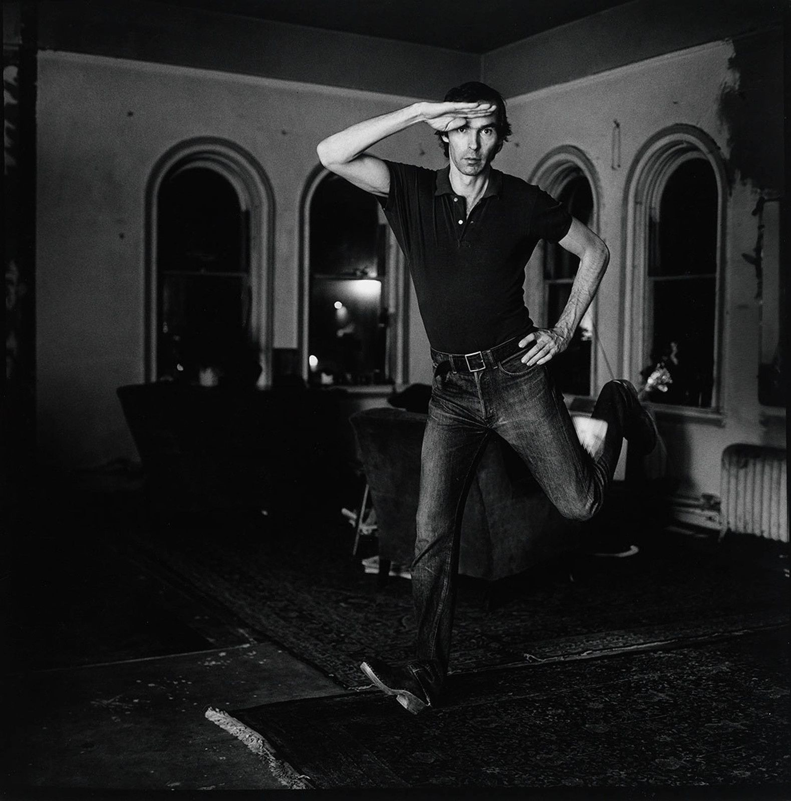 Self-Portrait Jumping (1) 1974 Peter Hujar Tirage gélatino-argentique, The Morgan Library & Museum, achat en 2013 grâce au Charina Endowment Fund © Peter Hujar Archive, LLC, courtesy Pace/MacGill Gallery, New York and Fraenkel Gallery, San Francisco