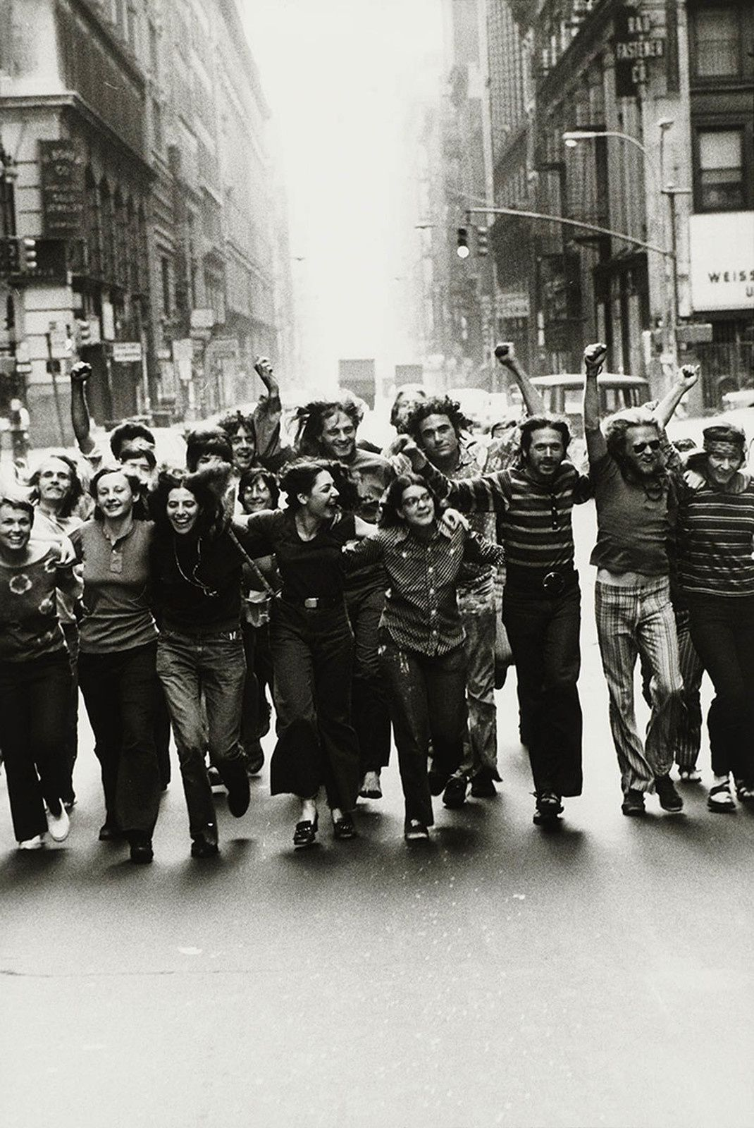 Gay Liberation Front Poster Image 1970 Peter Hujar Tirage gélatino-argentique, The Morgan Library & Museum, achat en 2013 grâce au Charina Endowment Fund © Peter Hujar Archive, LLC, courtesy Pace/MacGill Gallery, New York and Fraenkel Gallery, San Francisco