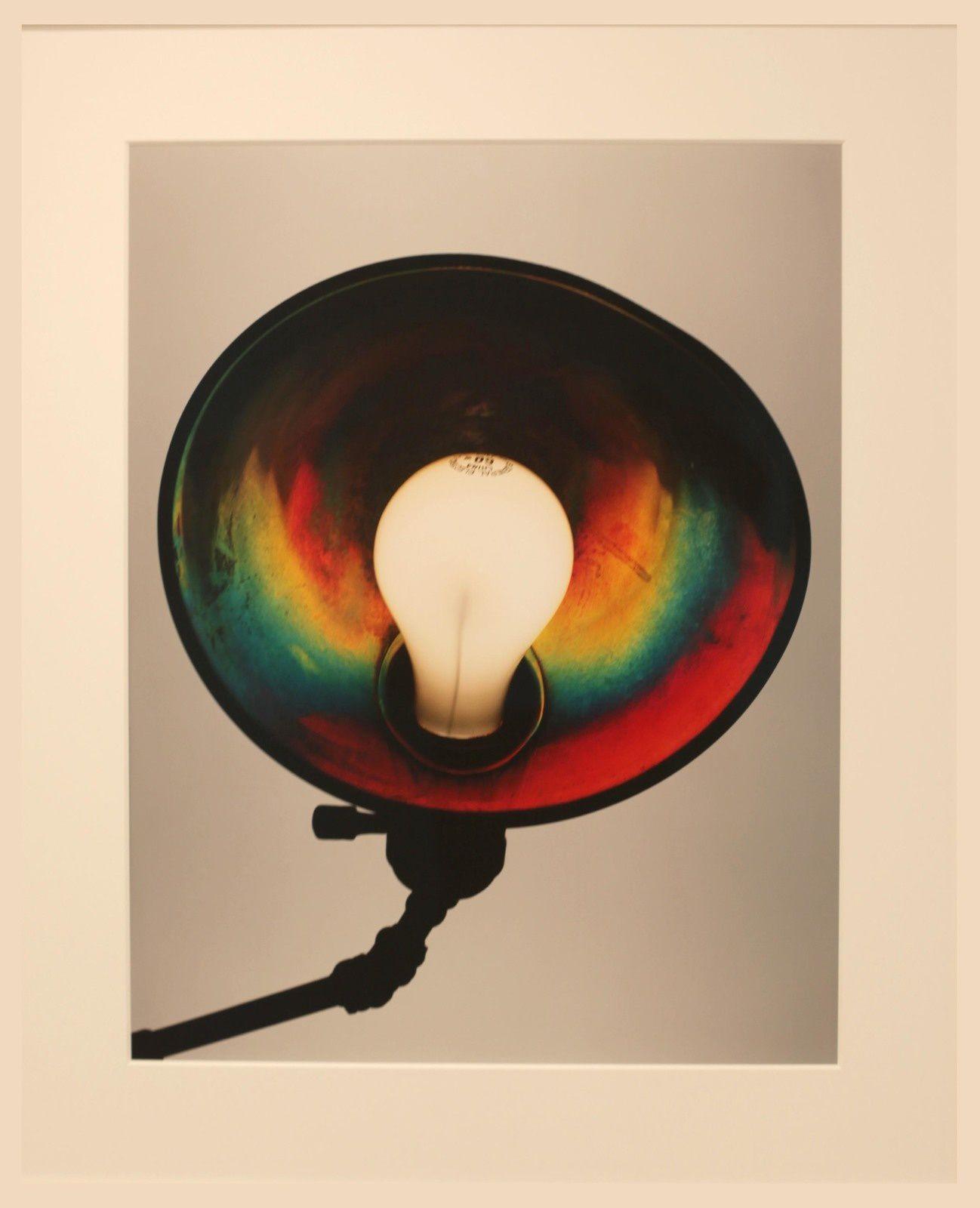 """Bedside lamp, new york, 2006 de Irving PENN - Courtesy Galerie Thaddaeus Ropac © Photo Éric Simon"
