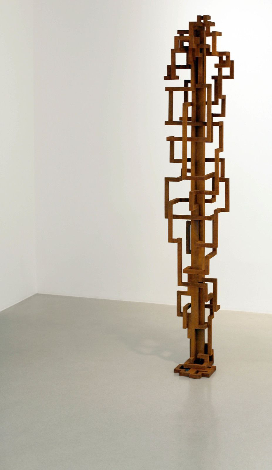 """RETURN"", 2019 de Antony GORMLEY - Courtesy Galerie Thaddaeus ROPAC © Photo Éric Simon"